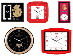 Wall Clocks in Rupees 100 to 200