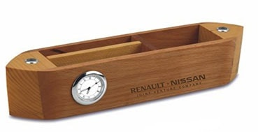 Desk Top Clocks as Corporate Gifts